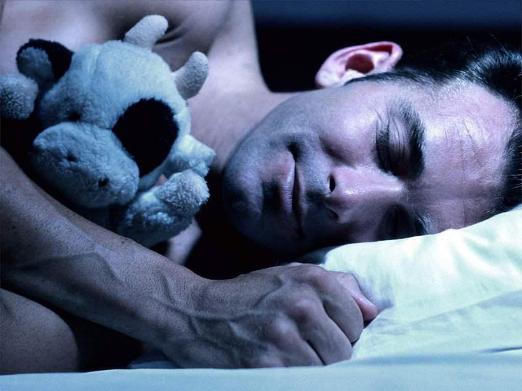 Почему во сне происходит эрекция?