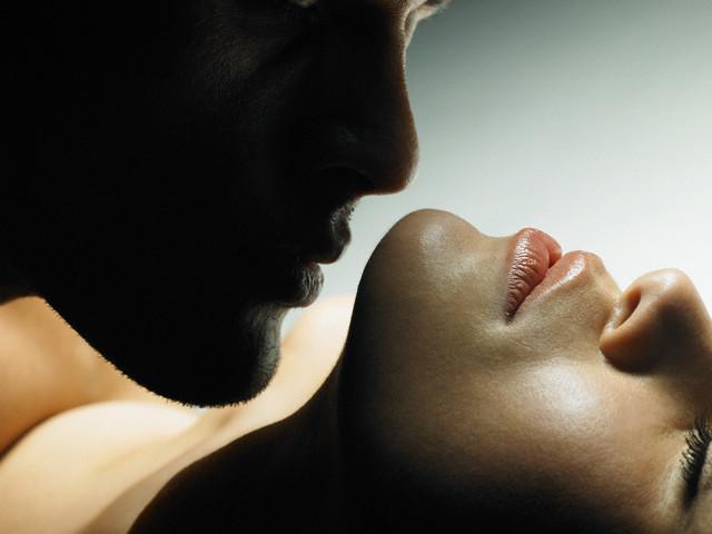 Самые сильнодействующие эфирные масла для женщин