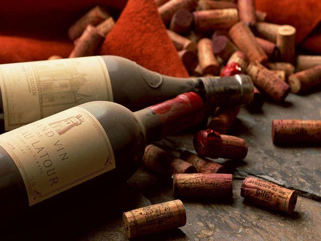 бутылки вина