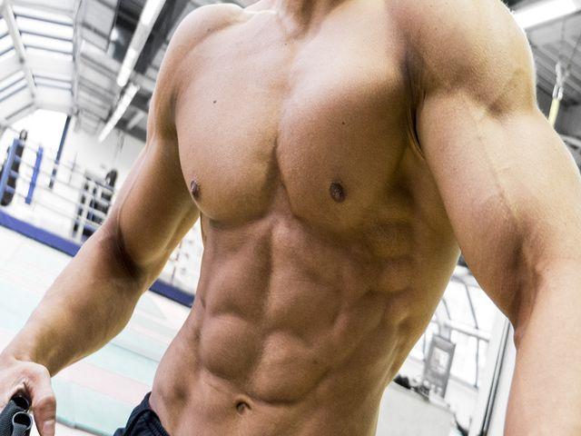 Как прокачать мышцы живота до кубиков