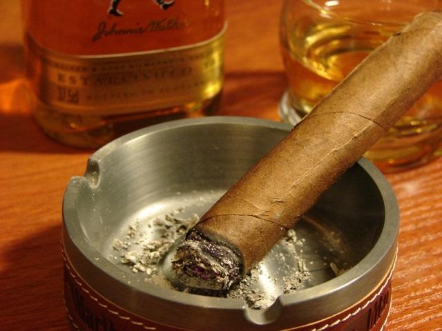 Алкоголь и сигары