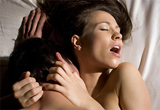 Выделения во время секса: женские выделения при возбуждении белого цвета, обильные, после акта